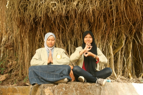 Meditasi bareng Gita :D